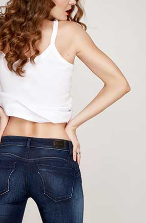 Girl with Back to Camera | Medical Weight Loss at CWC Medical Spa in Shelby Township, MI 48038